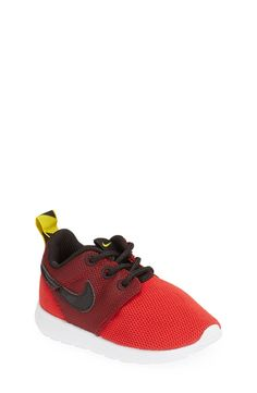 Cute mini Roshe running shoes for the little ones.