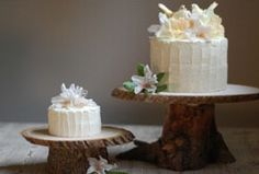 tree trunk cake stand