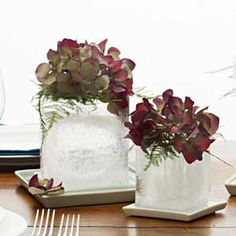 We put a new spin on flower arranging with these unusual floral centerpieces.