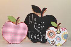 cute little classroom apples!!