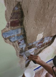 DIY Faux Plastering With Drywall Joint Compound