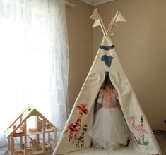 Children's teepee plus flags,kids play tent - African animal applique design