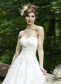 Organza Applique Chic Sweetheart Tea Length A-line Wedding Dress
