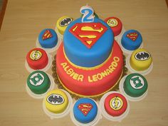 My family would love this for their birthdays - including Eddie! justice league fondant by Divine Cakes Iloilo, via Flickr