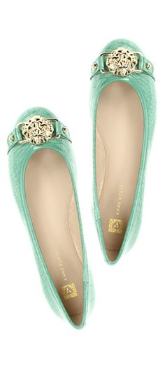 These would make fabulous bridesmaid shoes!