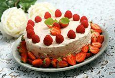 food, drink, jordbærostekak