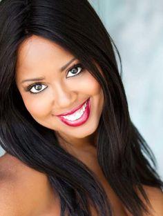 Monique Cooper Headshot