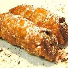 Cannoli With Chocola