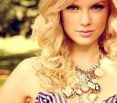 Taylor Swift! shayna_swantek  Taylor Swift!  Taylor Swift!