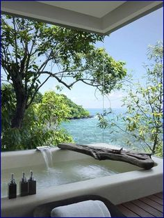 Bathtub view