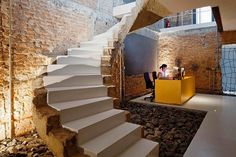 interior design, sao paulo, fgmf arquiteto, office reception, stair design