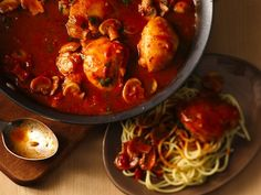 Easy Chicken Cacciatore - Enjoy this hearty Italian dinner featuring chicken, spaghetti and mushrooms - made using Progresso™ Recipe Starters™ mushroom sauce.
