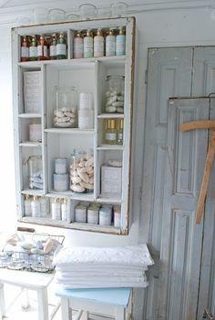 Plank met haken voor op de meidenkamer 39 dreams sweet dreams 39 zelf gemaakt meiden kamers - De meidenkamers ...