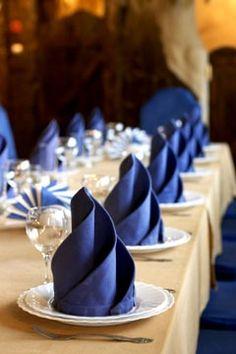 Napkin folding wedding-stuff