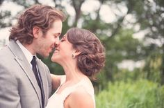 Love this loose, romantic wedding hair updo