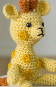 little crochet giraffe pattern