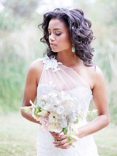 Short hair loose curls I  Brian LaBrada Photography I http://www.weddingwire.com/biz/brian-labrada-photography-rancho-cucamonga/portfolio/ab8f4d0762836776.html?page=4&subtab=album&albumId=b5712acdfb1a8f7b#vendor-storefront-content I #hairstyle