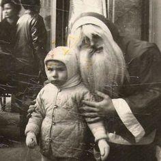 .Sinister Santa.... creepy