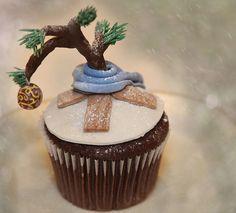 So heartwarmingly sweet! Charlie Brown Christmas Tree Cupcakes.
