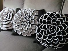 Sophia Pillow Pattern Felt Flower Decorative Pillow