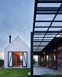 Modern 'barn' extension