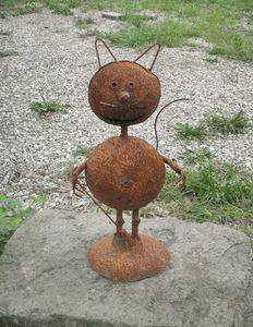 18 Rusty Tin Cat