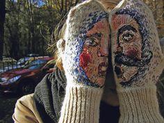 embroidered mittens by Liza Smirnova