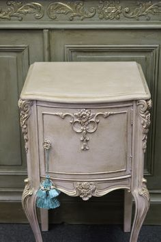 Romancing the Home - Annie Sloan Antoinette Chalk paint with clear and dark wax.