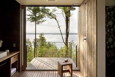 A Coastal Retreat in the Pacific Northwest, Mountain Views Included : Remodelista
