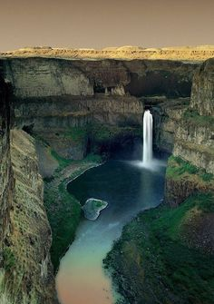 Palouse Falls in eastern Washington State