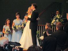 oh. my. goodness. they sang together at the wedding!! {chad & erin (bates) paine.}