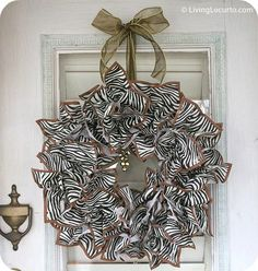 The best wreath website - 88 ideas and tutorials! - Click image to find more DIY & Crafts Pinterest pins