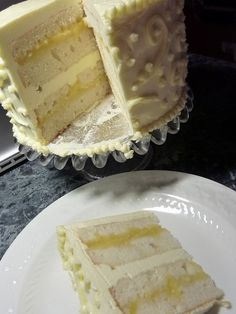 Sample wedding cake for my niece (vanilla white chocolate with lemon curd fulling and lemon buttercream frosting).