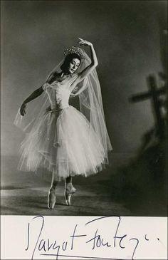 Margot Fonteyn www.balletnews.co.uk | beautiful