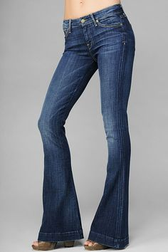 Seven jeans - a trouser/flare that doesn't mess around