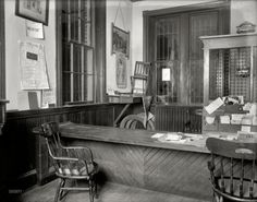 Crime Scene: 1920 1920, glasses