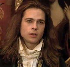Brad Pitt makes such a purdy vampire.