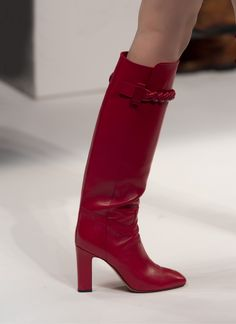 Valentino - Fall 2014 valentino fallwint, valentino winter 2014 shoes, red boots, valentino 2014, knee high boots, fashion week, heel, fallwint 201415, red hot