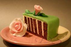 Dimitrana S. Вита бадемово-какаова торта Vertical Layers