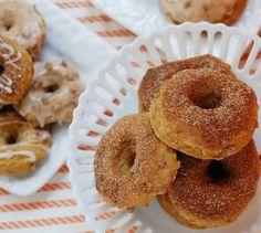 Cinnamon Pumpkin Baked Doughnuts....yum!