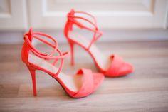 cover photo, la mode, hot shoes, colors, peach, pink, heels, bridal shoes, coral shoe