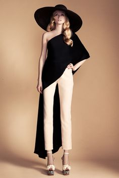 Dramatic! TEMPERLEY LONDON RESORT 2013 DIANA FARKHULLINA 2