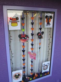 Resort window decorating ideas - halloween
