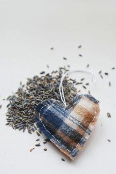 DIY: heart lavender sachet