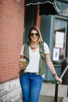 Blogger Lou What Wear steps out for an iced tea in her Gap legging jeans.
