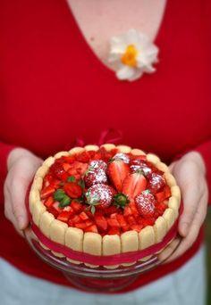 Receita de torta Charlotte light de morango - Sobremesas light: receitas de sobremesas leves e menos calóricas