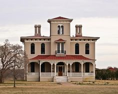 Rosedale Plantation home in Columbus MS, built 1856, is considered to be one of the finest examples of Italianate architecture in Mississippi.