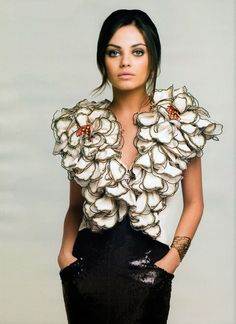 fashion, style, girl crushes, mila kunis, dresses, outfit, the dress, flower power, flowers