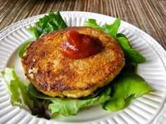 My Own Sweet Thyme: Feasting on Crab Cakes