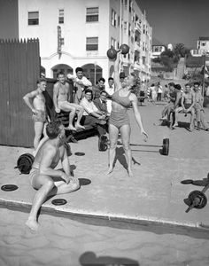 Classic Muscle Beach photo beach photos, muscl beach, old school bodybuilding